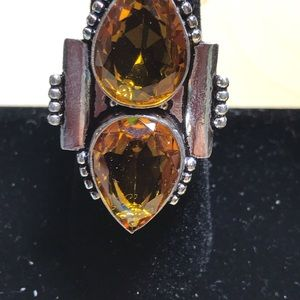 Jewelry - Beautiful amber and silver statement ring
